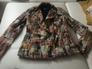 Schöne bunte Jacke in Größe S