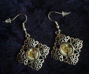 Schöne Cabochon Ohrringe handmade