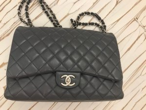 Chanel Bolso gris antracita