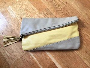 schöne Clutch in grau/gelb