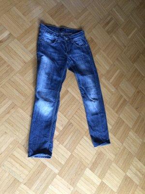 Schöne Dsquared 2 Jeans