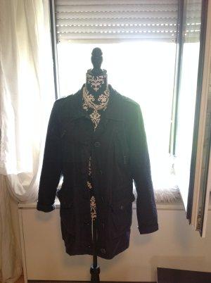 Schöne dunkelblaue Jacke von Zabaione sucht neue Besitzerin