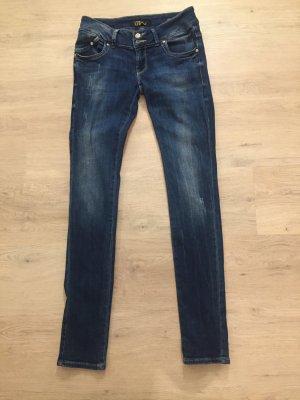 schöne dunkelblaue Jeans von LTB - W29/L34  - guter Zustand - Typ: Low Risse Super Slim