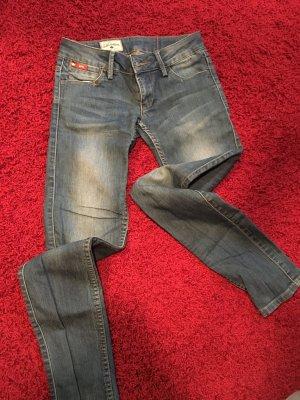 Schöne elegante Lee Cooper Jeans