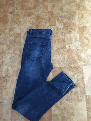 Schöne enge Jeans blau