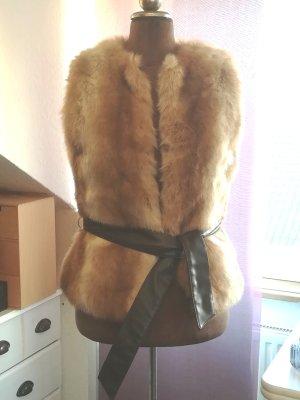 Mango Suit Smanicato di pelliccia marrone chiaro-bianco Pelliccia ecologica