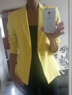 Schöne gelbe blazer von Zara wie neu!