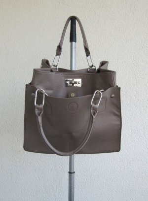 Schöne geräumige Handtasche von Orsay