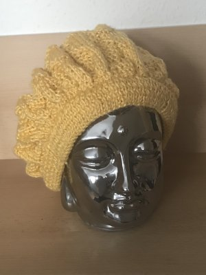Beanie dark yellow polyacrylic
