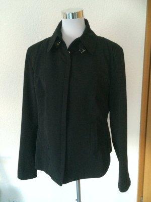 schöne glatte und leichte Jacke von Marc Aurel - Gr. 46