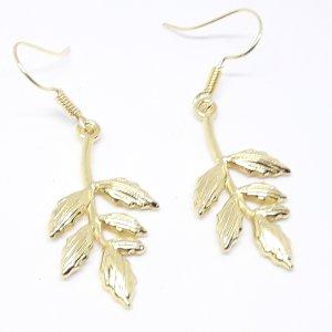 Schöne goldfarbene Blätter Ohrringe Ohrhänger