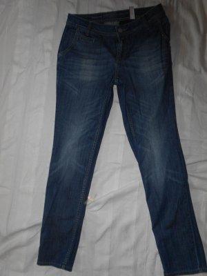 schöne gräuliche Jeans von S.Oliver