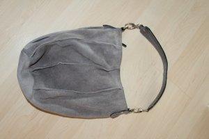 Schöne graue Tasche, Henkel in Schlangen-Optik