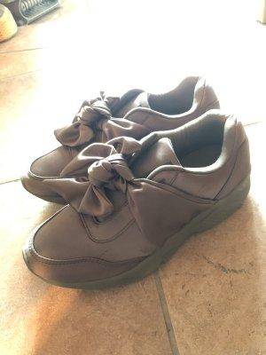 Schoene gruene sneaker mit schleife in 38