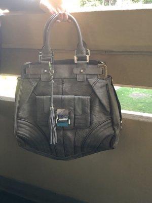 Schöne Guess Tasche