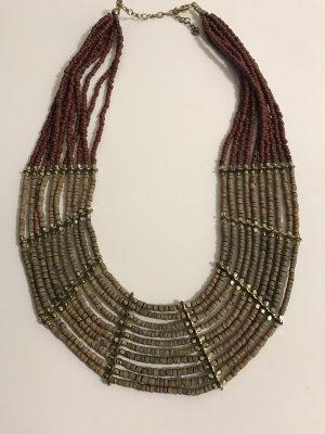 Schöne Halskette von Koton