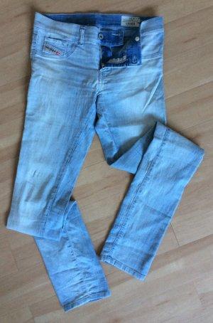Schöne, helle DIESEL Jeans