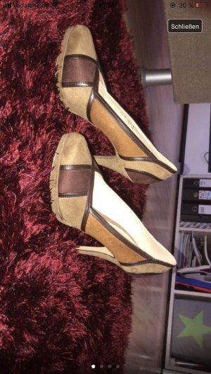 Schöne hohe Schuhe in beige/braun/schwarz