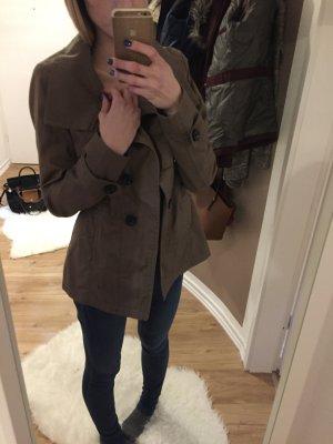 Schöne Jacke, in beige\braun :)