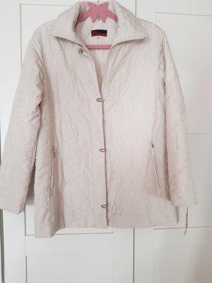 schöne Jacke in Beige neu mit Etikett NP 29 €