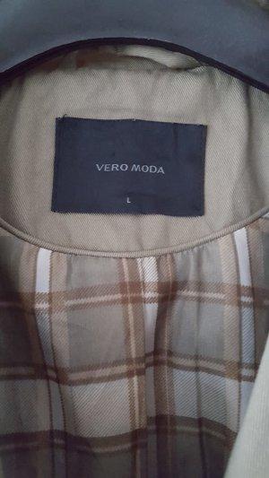 Schöne Jacke in Khaki zu verkaufen