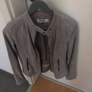 Only Giacca in ecopelle grigio chiaro-beige chiaro