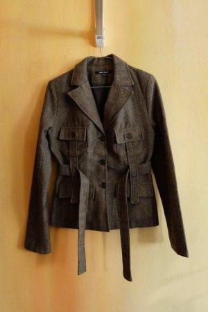 Schöne Jacke / Schöner Mantel, cooler Schnitt und Stoff