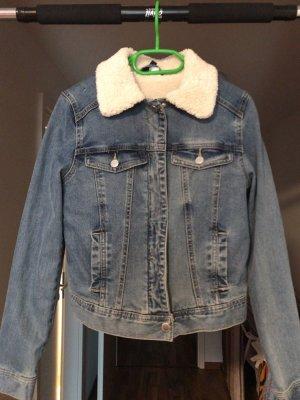 Schöne Jacke von H&M neu top Zustand