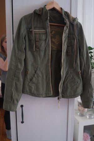 Schöne Jeans/Biker Jacke von Bershka Gr.36/38 Khaki Militär Übergang