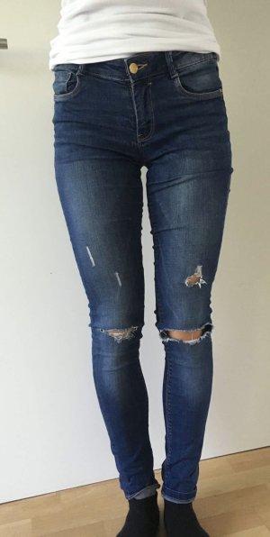 Schöne Jeans von zara