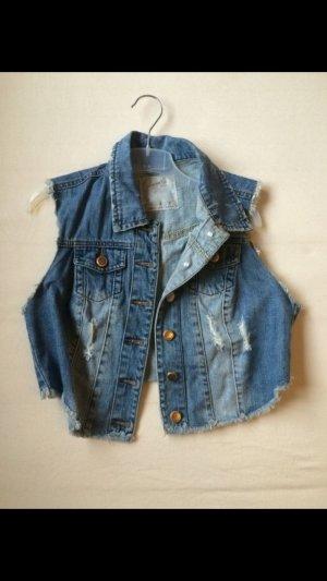 Schöne Jeans Weste im Used Look