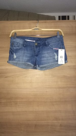 Schöne Jeanshotpants