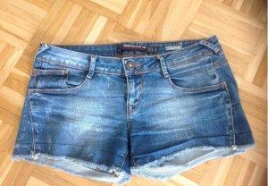 Schöne Jeansshort von Zara denim- Größe 38