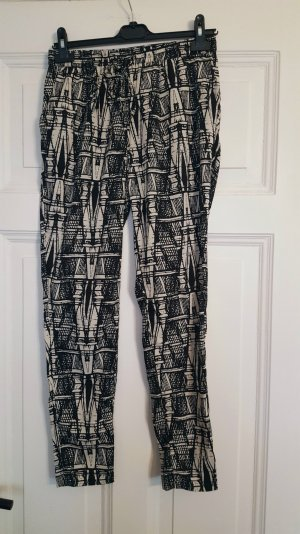 Schöne Jogging-Pants mit Muster
