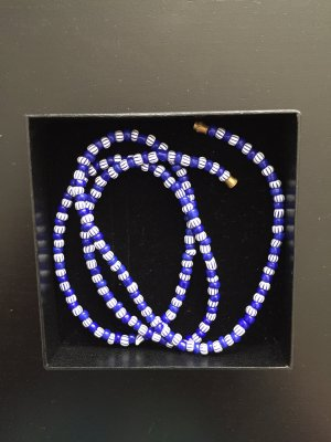 Ketting donkerblauw-wit