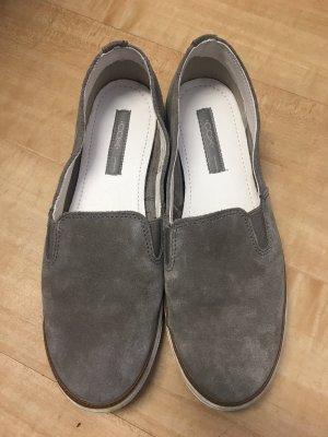 Schöne klassische Schuhe von Cox