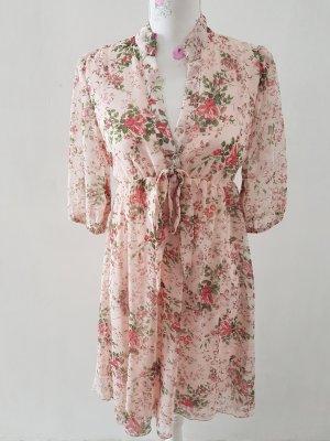 Schöne Kleid von Layers Paris Gr 32