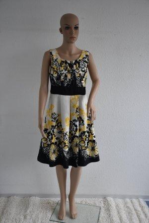Schöne Kleid von Montego in Gr. 40 (6)