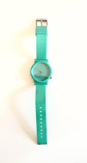 Schöne Komono Uhr