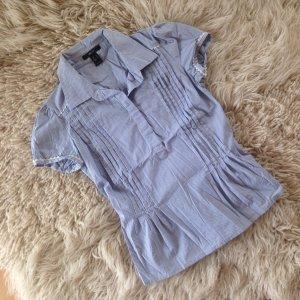 Schöne kurzärmelige blauweiß gestreifte Bluse von Mango