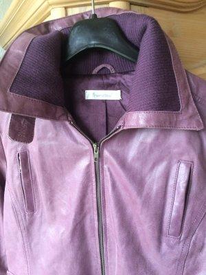 Schöne kurze Jacke von Friendtex