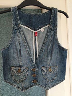 Schöne kurze Jeansweste