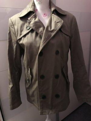 Schöne Kurze Mantel von H&M  Hr 46