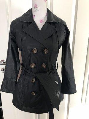 Schöne Kurze Mantel von Puffa Gr 34