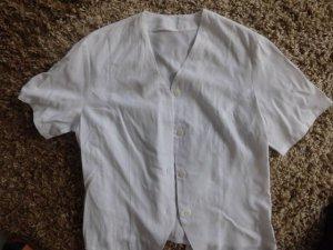 schöne kurze weiße Bluse