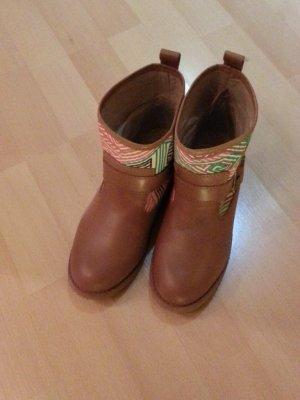 Schöne Leder Booties