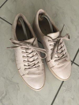 Schöne Leder Sneakers von Hallhuber