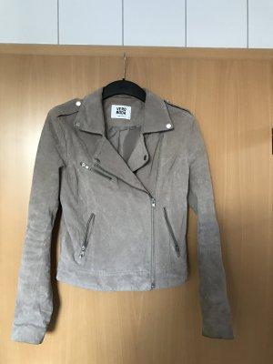 Schöne Lederjacke von Vero Moda