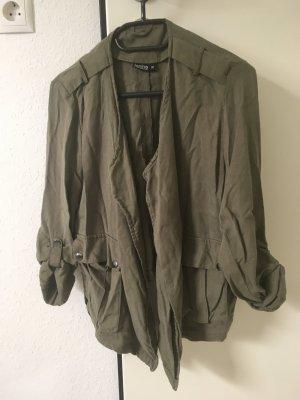 Schöne leichte Jacke/Blouson Gr. 36