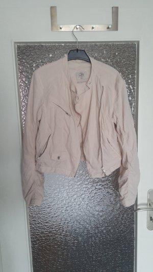 Schöne Leichte Jacke von C&A